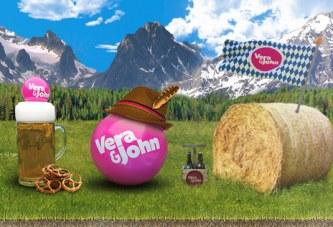 Trek je Lederhose of Dirndl aan voor de Slotoberfest van Vera & John!